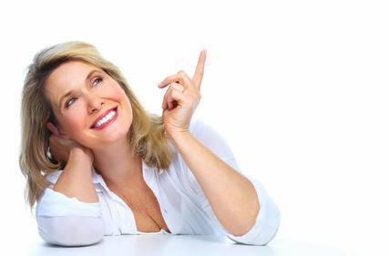 Femme senior chez son dentiste