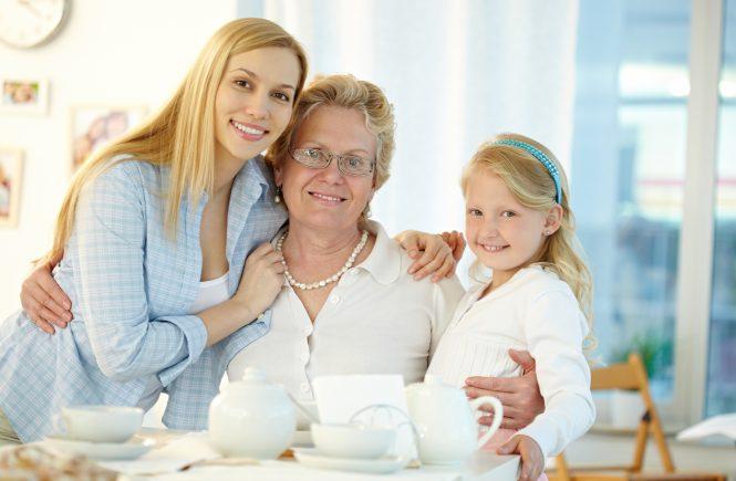 Portrait de famille avec une grand-mère